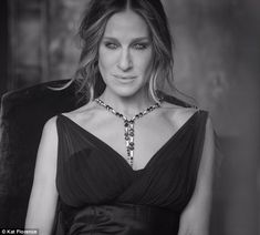 Sarah Jessica Parker in necklace by Canadian born jewellery designer Kat Florence