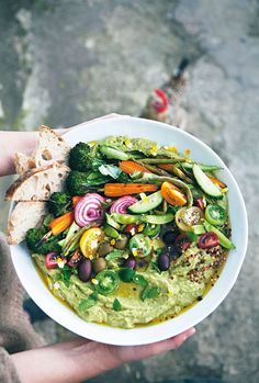 Hummus harvest bowl