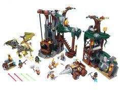 Builder spotlight: Aaron Newman and his alternate LEGO Castle universe Lego Dragon, Vault Doors, Lego Builder, Lego System, Hero Factory, Lego Castle, Lego Bionicle, Lego Brick, Lego Creations
