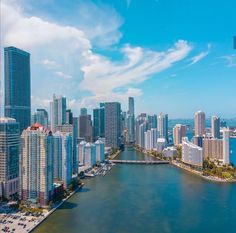 A birds eye view of Miami Brickell and the Miami River Today is tag someone who needs some happiness Jacksonville Fla, Miami Florida, Miami Beach, World Happiness Day, International Day Of Happiness, Miami Skyline, Best Places To Retire, Miami City, North Beach
