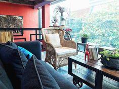 Aspira D'andora, #SoiSukhumvit16 #Hotel #Bangkok #MyKrungthep #KhlongToei Hidden Treasures, Hotels And Resorts, Bangkok, Chill, Accent Chairs, Furniture, Instagram, Home Decor, Upholstered Chairs