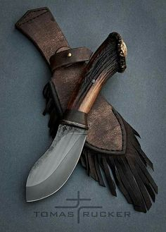 Custom Handmade Knives - Tomas Rucker This is one I want. Cool Knives, Knives And Tools, Knives And Swords, Bushcraft, Knife Template, Forged Knife, Best Pocket Knife, Knife Sheath, Handmade Knives