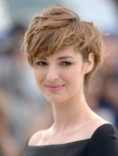 Cannes 2015 : les plus belles coiffures du Festival Louise Bourgoin