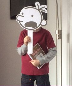 Dominic from Chorley is Greg from Diary of a Wimpy Kid Informations About Your amazing World Book Day 2016 photos - CBBC Newsround Pin You can easily use m Book Character Day, Book Character Costumes, Book Characters, World Book Day Ideas, World Book Day Costumes, Wimpy Kid, Book Week, Mask For Kids, Kids Christmas