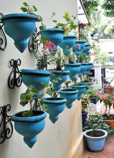 love the idea of vertical gardening!