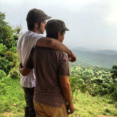 Hamdan MRM con su tío Saeed MJM, Tanzania (18/02/2014) Vía: uncle_saeed