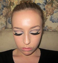 Sixties makeup