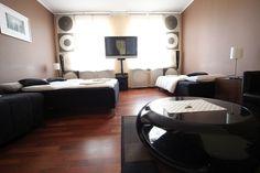 Apartament Brązowy  telewizor LED system nagłosnienia 5.1   http://www.rainbowapartments.pl/apartament-brazowy/
