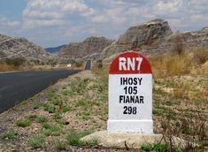 Massif de l'Isalo - RN7 www.lemury.net