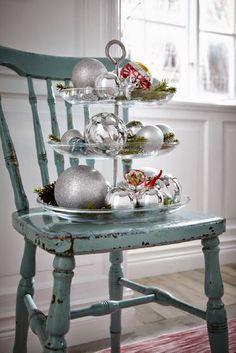 die besten 25 etagere weihnachtlich dekorieren ideen auf pinterest deko weihnachten flur ak. Black Bedroom Furniture Sets. Home Design Ideas