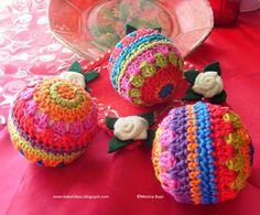 Hekel hierdie jaar kleurvolle kersfees balle
