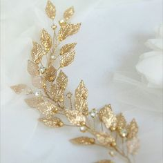 ⠀⠀⠀⠀• С В А Д Ь Б А • ⠀ ⠀Одно из самых важных и значимых торжеств в жизни каждой девушки. ⠀ Поэтому все мы хотим, что бы этот момент был просто ИДЕАЛЬНЫМ ⠀ А что же нужно для идеального свадебного •о•б•р•а•з•а• 💍👰🏼помимо шикарного платья? Конечно же идеальное • У К Р А Ш Е Н И Е • #KATIRINI ✨💎 ⠀ ---------------------------------- • З А К А З А Т Ь • СОТРУДНИЧЕСТВО • ФОТОСЕССИЯ • WORKSHOP 📩 DIRECT ☎️ What's App: 918•360•34•38