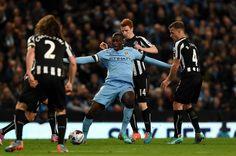 Ngày hôm qua (trước khi Man City đối đầu với Newcastle), huyền thoại Peter Schmeichel đã cho rằng Man City ở tầm cao hơn hẳn M.U với chức vô địch vô cùng ấn tượng ở mùa giải trước (xem bang xep hang...