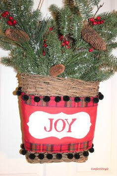 DIY Christmas Door Basket with Royal Design Studio Stencils via Confetti Style