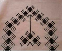 This Pin was discovered by HUZ Bargello, Save Yourself, Cross Stitch Patterns, Straight Stitch, Cross Stitch Embroidery, Stuff Stuff, Hardanger, Rage, Pattern
