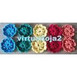 Resultado de imagem para aplicação de croche em blusa Crochet Necklace, Jewelry, Fashion, Ribbon Hair Ties, Toddler Girls, Blouse, Moda, Jewlery, Jewerly