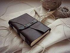 Tmavohnedý kožený zápisník A6 (softbook) www.ardeas.sk ručne viazané zápisníky / handmade bookbinding /