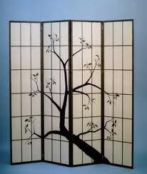 Japanese rice paper screen used as a backdrop. Great idea to make a room appear small, warm, and cozy. Japanese Inspired Bedroom, Japanese Bedroom, Folding Screen Room Divider, Folding Screens, Asian Style Bedrooms, Japanese Screen, Library Inspiration, Japanese Interior Design, Japanese Wedding