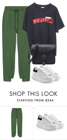 """""""Untitled #233"""" by karolina-bacurin ❤ liked on Polyvore featuring Vetements and Alexander McQueen"""