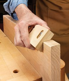Shop-made Chamfer Sander: This tool will let you ease the edges of your project with a consistent edge every time. Sanding Tips, Sanding Block, Hand Held Router, Wood Edging, Workshop Design, Wood Plans, Consistency, Hand Tools, Woodworking Projects