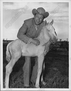1952 ROY ROGERS Cowboy Singing Star Embraces Baby TRIGGER Press Photo
