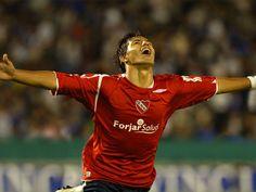 """FÚTBOL. 2006. Sergio """"Kun"""" Agüero, crack del Club Atlético #Independiente."""