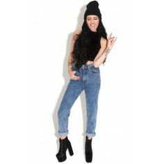 Blue+Acid+Wash+Mom+Jeans  Sometimes+the+essentials+are+all+you+need+so+make+sure+you've+got+it+covered+with+these+high+rise+Mom+jeans.  ♥rolled+up+hems ♥Model+wears+size+8 ♥100%Cotton