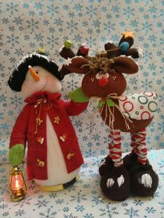 Nieve y reno Christmas Snowman, Xmas, Christmas Ornaments, Decor Crafts, Diy And Crafts, Christmas Decorations, Holiday Decor, Wooden Crafts, Merry And Bright