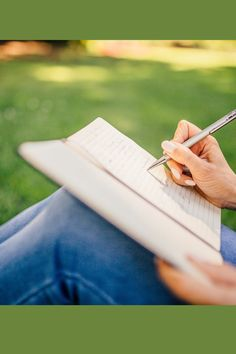 Book Reviewing/ How to write your first book review/ Loads of hints and tips on how to write a book review ... Writing A Book Outline, Writing A Book Review, Kids Writing, Start Writing, Aesthetic Writing, Prison Officer, New Year 2020, Point Of View, Book Photography