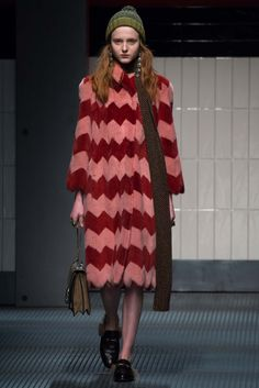 Gucci - Fall 2015 Ready-to-Wear - Look 5 of 46  This would make a fabulous knit just using the pattern or even a funfur knit.