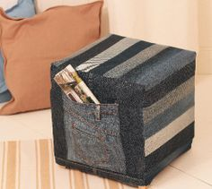 Make your personal repurposed jeans ottoman with a pair of old jeans and creativity. Old Jeans, Storage Chest, Repurposed, Needlework, All In One, Ottoman, Sewing Patterns, Decorative Boxes, Sewing Diy