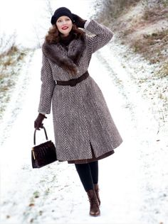 Lily Jarlsson - Vintage Style faux fur winter coat, bag and hat. 1940s / 1950s retro outfit