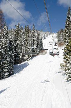 SILVERSTAR COMET express chair lift silver star resort vernon bc canada