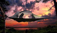 テントとハンモックのいいとこどり!!+空中に張る斬新なテント「TENTSILE」がめちゃめちゃ心地よさそう!