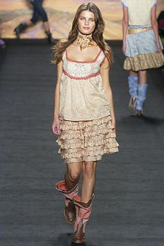 Anna Sui Spring 2005 Ready-to-Wear Collection Slideshow on Style.com