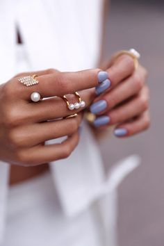 purple nail + rings .style.details.