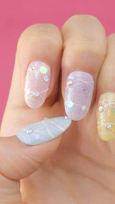 french nails shellac Tips in 2020 Kawaii Nail Art, Pink Nail Art, Pastel Nails, Nail Art Designs Videos, Nail Art Videos, Silver Glitter Nails, Glitter Nail Art, Bling Nails, Vaseline