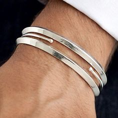 This looks silver bracelet looks simple and classy at the same time