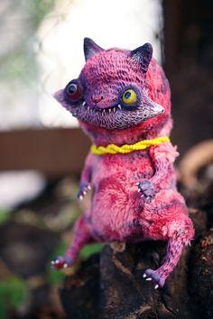 kitty has a nice smile by da-bu-di-bu-da on deviantART 3d Drawing Pen, 3d Pen, Doll Tutorial, Creepy Cute, Designer Toys, Felt Animals, Cute Dolls, Clay Creations, Doll Face