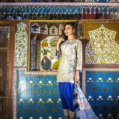 Erum Khan EID Collection 2018 By Zohan Textile Festive Luxury Pret Dresses Pakistani Couture, India And Pakistan, Eid Collection, Chiffon Dresses, Pretty Outfits, Lawn, Festive, Ethnic, Textiles