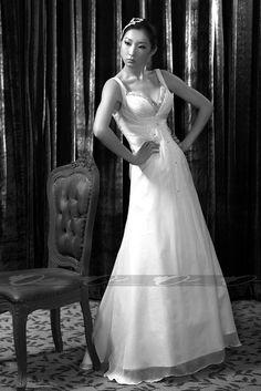 Sexy V-neck chiffon wedding dress