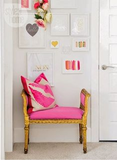 Love hot pink accents.