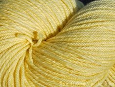 Yarn that has been naturally hand-dyed with Tansy flowers Throw Pillows, Natural Dyeing, Flowers, Spinning, Choices, Green, Clothing, Hand Spinning, Outfits