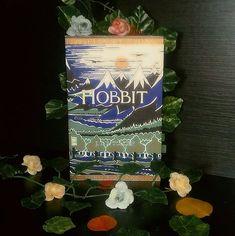 O HOBBIT - J. R. R Tolkien (Pá O Hobbit, Tolkien, Instagram, Bilbo Baggins