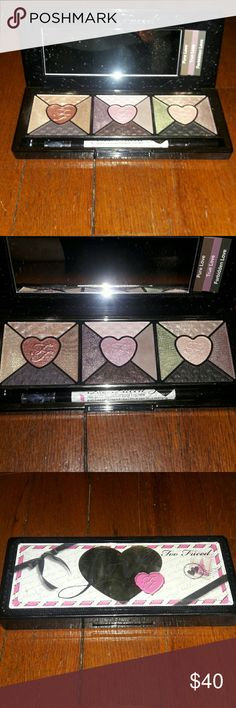 ⬇PRICE DROP⬇Too Faced Love Pallet Never used, only swatched. Includes different look cards with instructions. I'm like new condition. Too Faced Makeup Eyeshadow