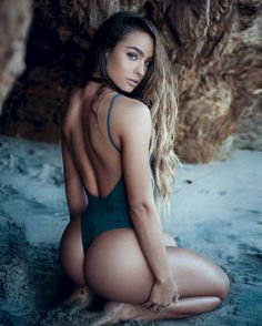 thicksexyasswomen: dj-bibbs: Sommer Ray...