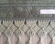 Motif Mandala Crochet, Crochet Scarf Diagram, Wall Hanging Crafts, Hanging Pots, Macrame Art, Macrame Knots, Macrame Toran Designs, Home Crafts, Arts And Crafts
