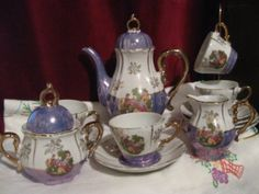 """A gorgeous tea set that looks like Mrs. Potts and Chip. 