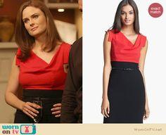 Bones's red and black high waisted cowl neck dress on Bones. Outfit Details: http://wornontv.net/20972 #Bones #Fox