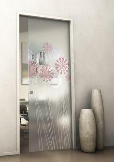 living, kitchen, home: la porta scorrevole in vetro brezza si ... - Porte Vetro Decorate Scorrevoli